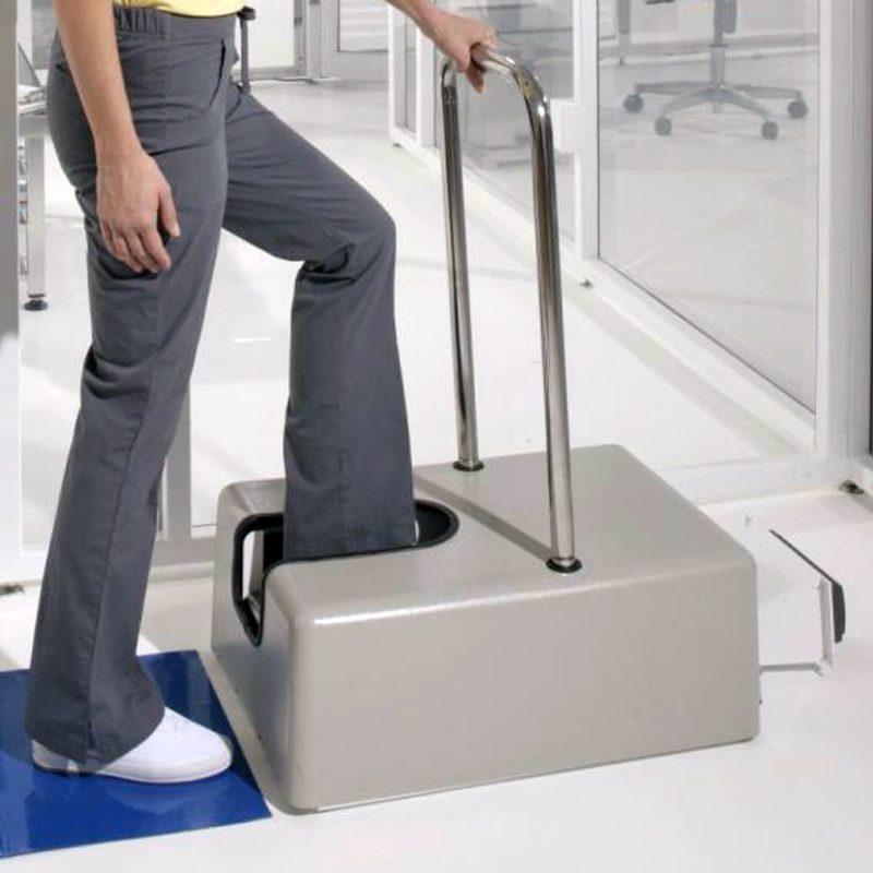 DTB limpiador motorizado de zapatos fácil de operar para preparativos de ingreso a cuartos limpios